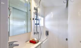 Sunsail 404 Salle d'eau