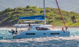 Sunsail 404 catamaran